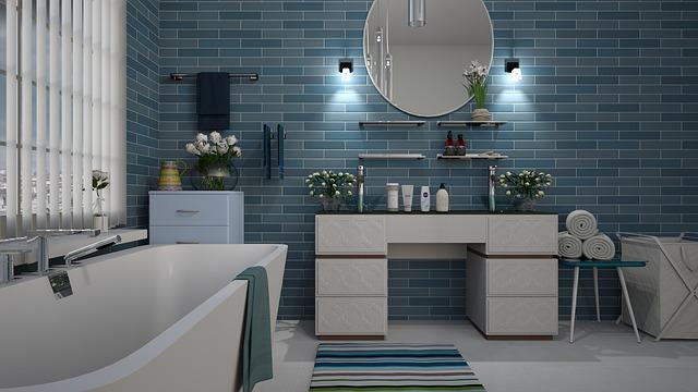 Une salle de bain tout en carrelage